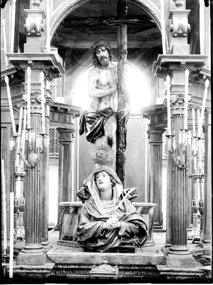 Cristo de los Dolores. Autor de la Obra Diego Rodríguez - Autor foto:Mariano Moreno 1916. Archivo Moreno. Fuente IPCE